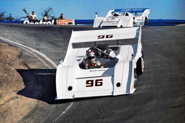 Na okruhu Laguna Seca za volantem McLarenu M20 Chevy TwinTurbo (CanAm 1973)