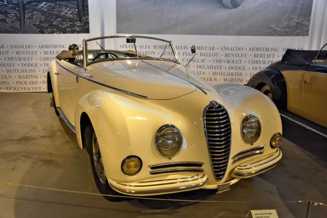 V červenci 1947 vyrobili šasi Alfa Romeo 6C 2500 adoručili je hodináři Ernestu Morfovi. 1.září 1949 mu Graber předal tentokabriolet