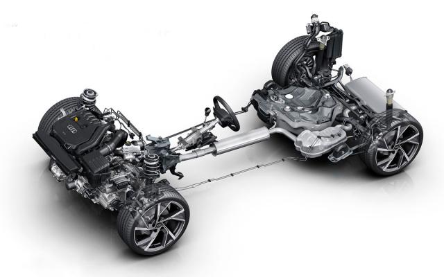Verze s výkonem větším než 110kW mají vzadu víceprvkovou nápravu