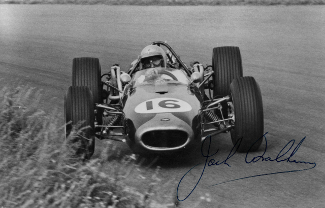 Jack Brabham (Repco-Brabham BT19), první mistr světa na voze vlastní (aTauranacovy) konstrukce (1966)
