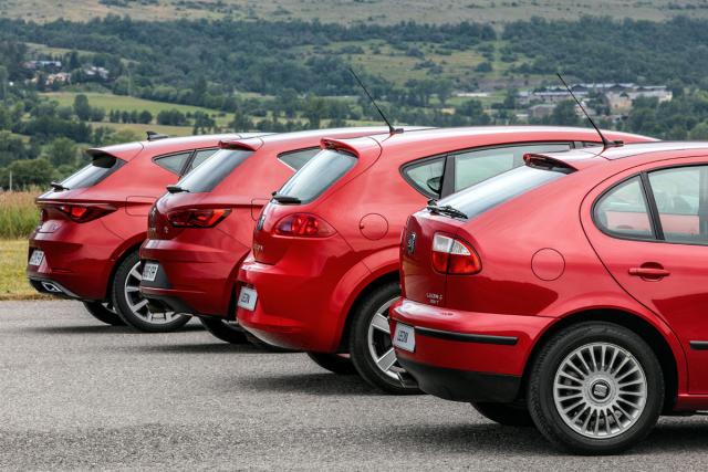 Počínaje druhou generací se pro hatchback Leon stal typickým ostrý tvar bočních okének vzadních sloupcích