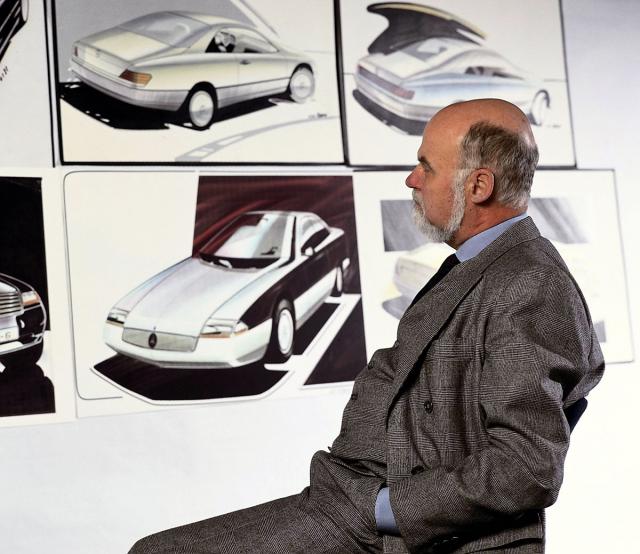 """""""Něco jsem pochytil od Scavonuzziho u Ghii, Pininfarina mě naučil, co obnáší být designérem. Ale teprve u Mercedesu jsem pochopil svou profesi."""""""