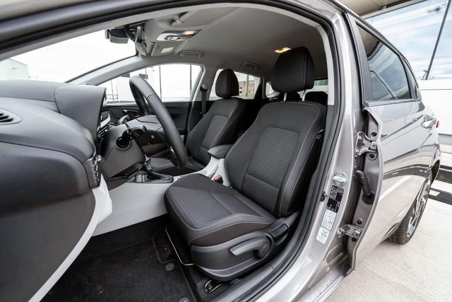 Vnitřní prostor nové generace Hyundai i20 potěší zejména nadstandardní vnitřní šířkou a komfortními sedadly