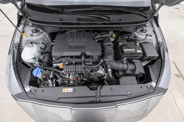 Dva ze tří nabízených motorů jsou přeplňované zážehové tříválce 1,0 litru, lišící se nastaveným maximálním výkonem