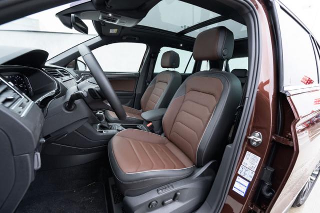 Výše umístěná sedadla poskytují velmi dobrý komfort sezení, jenž se projevuje zejména při cestách na dlouhé vzdálenosti