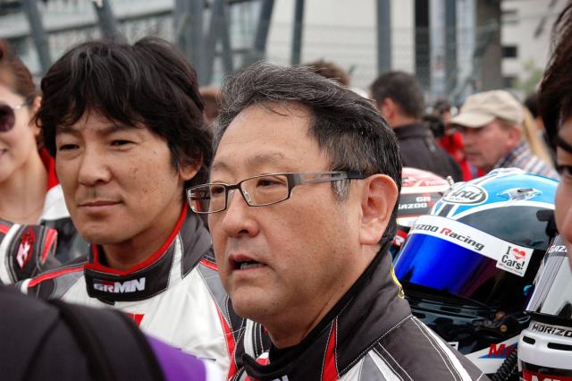 K účastníkům 24 h Nürburgringu patří také Akio Toyoda, sportovec a prezident Toyota Motor Corporation