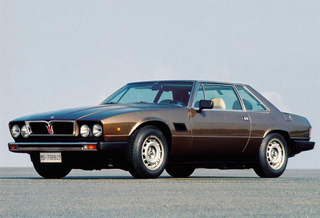 Maserati Kyalami Tipo AM129, kupé Frua s osmiválcem typu AM107/2 oobjemu 4930 cm3 (200 vozů v letech 1976 – 1983)