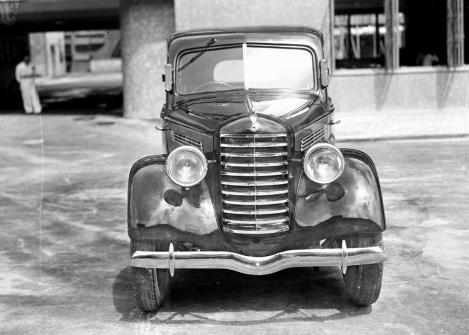 Prototyp prvního osobního vozu Mazda z roku 1940 se do výroby nedostal