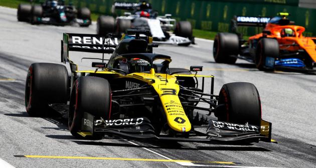 Daniel Ricciardo  (Renault RS20) při debutu  sezony F1 2020 na Velké ceně Rakouska závod bohužel nedokončil
