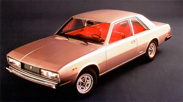 Fiat 130 Coupé (design Pinifarina) se dodával výhradně s vidlicovým šestiválcem o objemu zvětšeném na 3,2 litru