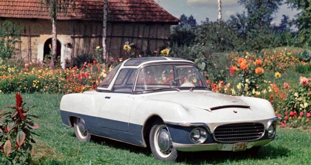 Škoda 440 Karosa s laminátovou karoserií se zrodila v roce 1956