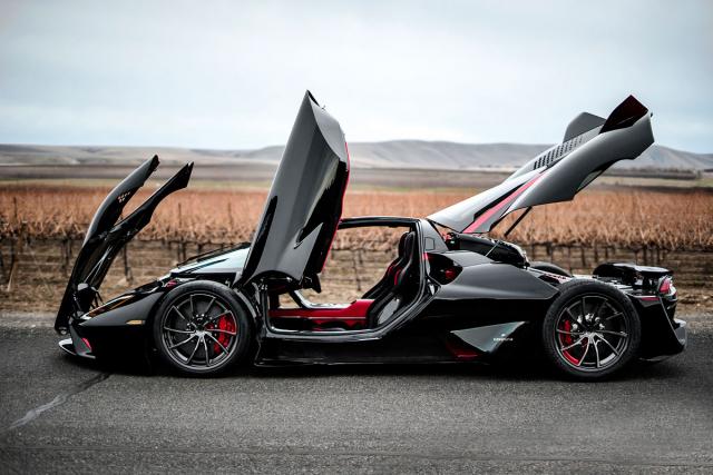 Design vozu navrhl Jason Castriota, který dříve pracoval mimo jiné ve studiích Pininfarina nebo Bertone. Společnost SSC North America chce vyrobit sérii čítající celkem 100 exemplářů
