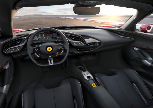Ferrari SF90 Stradale & Spider