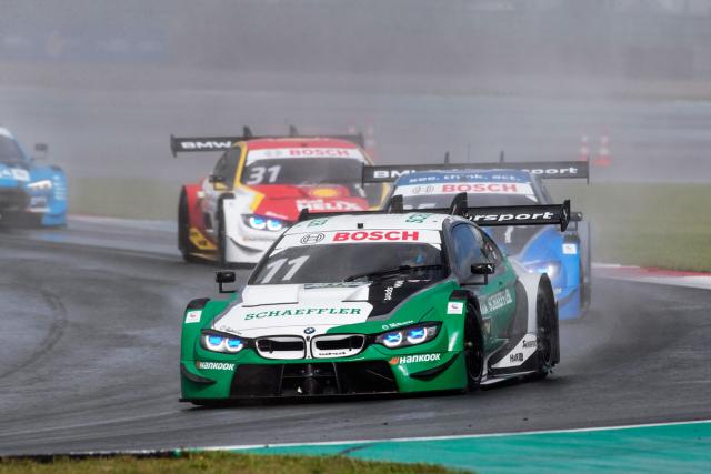 Marco Wittmann (BMW M4) po zisku titulu DTM 2014 za odměnu testoval ToroRosso formule 1; v poslední sezoně 2020 byl celkově devátý