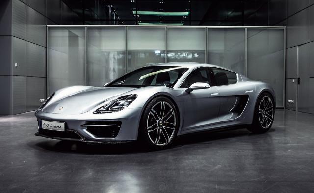 Čtyřdveřová elektrická studie Porsche Vision Turismo de facto vroce 2016 odstartovala příběh dnešního typu Taycan