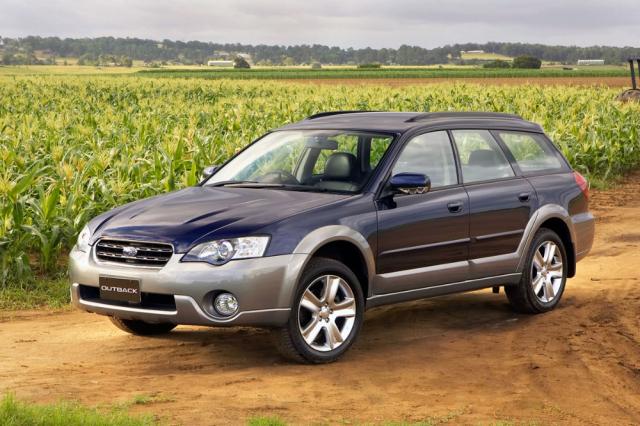 Ve třetím provedení se z Outbacku stala samostatná modelová řada vnabídce Subaru