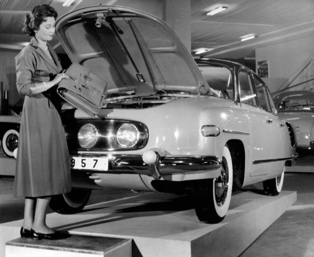 Tatra 603 na II.výstavě československého strojírenství v září 1956 v Brně