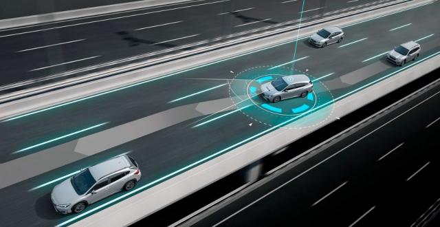 EyeSight nyní rychleji reaguje na měnící se situace, například vyjetí do vedlejšího pruhu, nová elektronika se snaží více předvídat