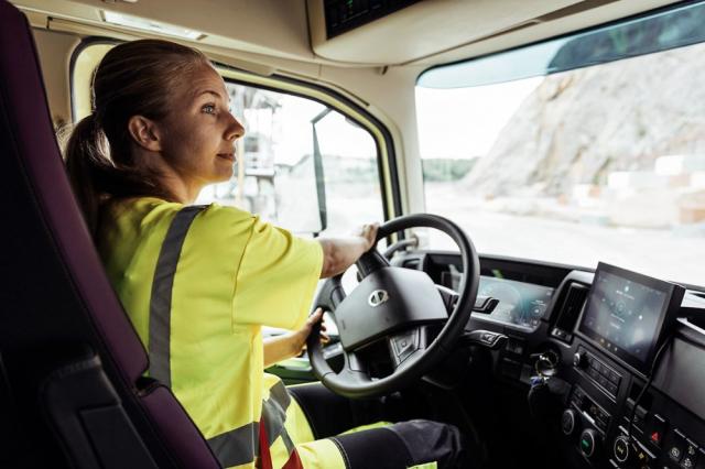 Pracoviště řidiče je pohodlné i pro ženy