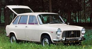 Autobianchi Primula, průkopník motoru vpředu napříč a pohonu předních kol, předobraz Fiatu 128 (1964–1970)