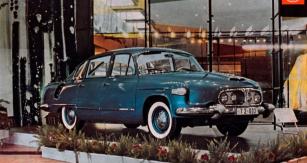Tatra 2-603 se dvěma páry světlometů vprovedení z roku 1964