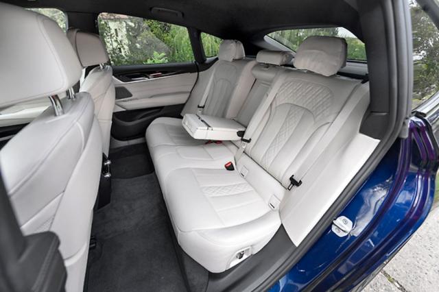 Silnou stránkou BMW řady 6 Gran Turismo je komfort na nastavitelných zadních sedadlech