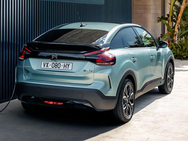 Citroën ë-C4 je možné nabíjet výkonem až 100kW