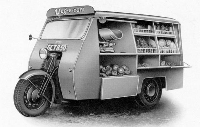 První verze tříkolky Reliant v nákladním provedení 10 cwt jako pojízdná prodejna zeleniny Veg-E-Car (1936–1939)