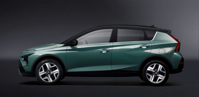 Svým profilem Hyundai Bayon míříněkam mezi crossovery adonedávna populární velkoprostorové vozy