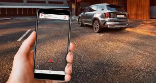 Systém Kia UVO Connect zajišťuje všestranné propojení palubních soustav vozu saplikací v chytrém telefonu