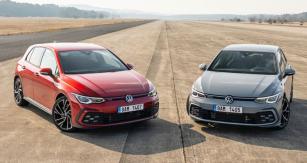 GT verze mají výrazněji tvarovaný nárazník, lišící se od běžných provedení typu Golf. GTI se vyznačuje navíc červenou linkou mezi světlomety