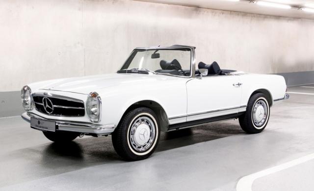 Mercedes-Benz SL (W113) získal přezdívku Pagoda díky tvaru kabiny s tenkými sloupky, které zajišťovaly skvělý výhled zvozu do všech směrů