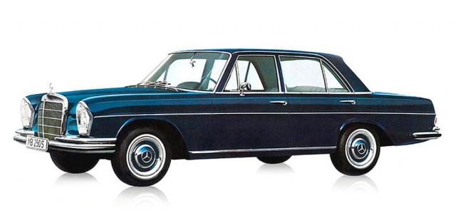 Jedním z prvních výraznějších počinů v Mercedesu bylo postupné odstranění zadních ploutví u starších modelů
