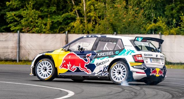 Škoda Motorsport pro potřeby přestavby upravila podlahu závodní Fabie Rally2 evo, zbytek vozu zůstal víceméně stejný, což byl také cíl – zachovat co nejvíce původních komponentů úspěšného soutěžního automobilu