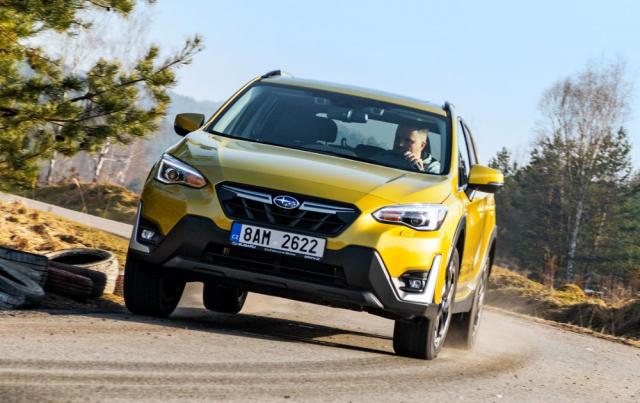 Subaru XV – Subaru XV je kompaktní crossover, který secítí skvěle veměstě, na okresních silnicích i v terénu